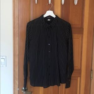 Woven slim fit shirt black and white pin stripe